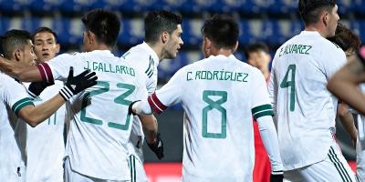 México sufre, pero supera a Corea del Sur en 4 minutos